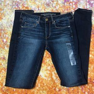 NWT American Eagle Skinny Jeans